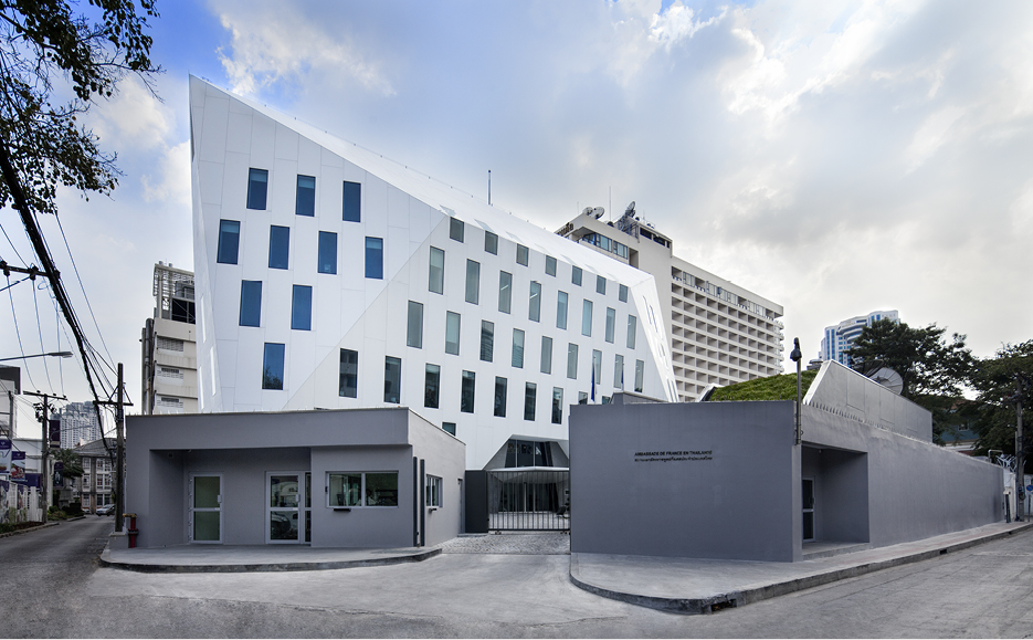 adpi uses krion® for the facade of the new french embassy in bangkok. Solid Surface  exterieur bekleding