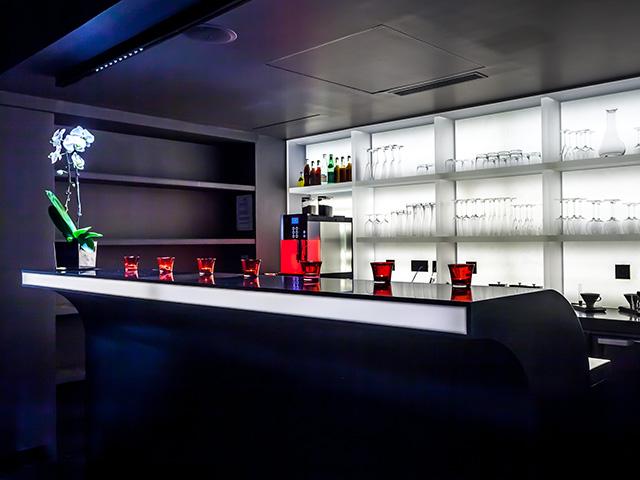 proyectos krion hotel felicien par s solid surface krion. Black Bedroom Furniture Sets. Home Design Ideas