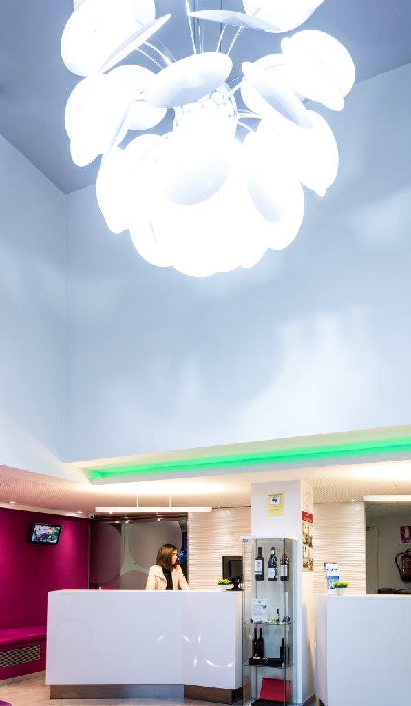 Hotel ibis styles madrid prado and krion solid surface for Hotel ibis styles madrid prado madrid