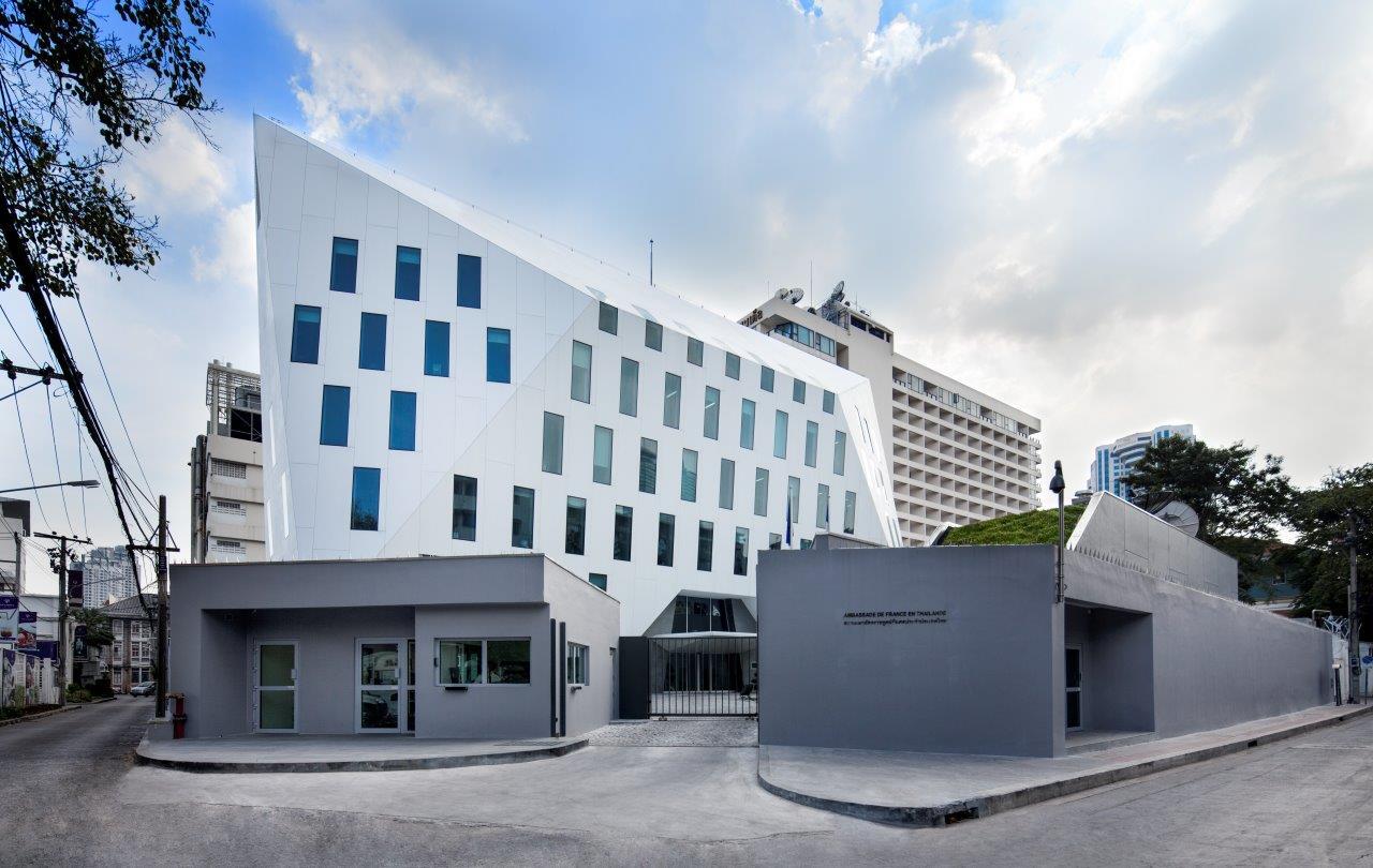 adpi utilise le krion pour la fa ade de la nouvelle ambassade de france bangkok. Black Bedroom Furniture Sets. Home Design Ideas