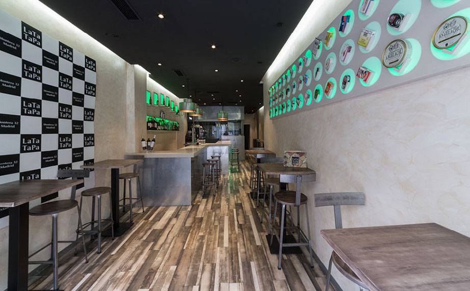 krion® at lata tapa, a gastro-bar that elevates the world of preserves. Solid Surface for restaurant & catering