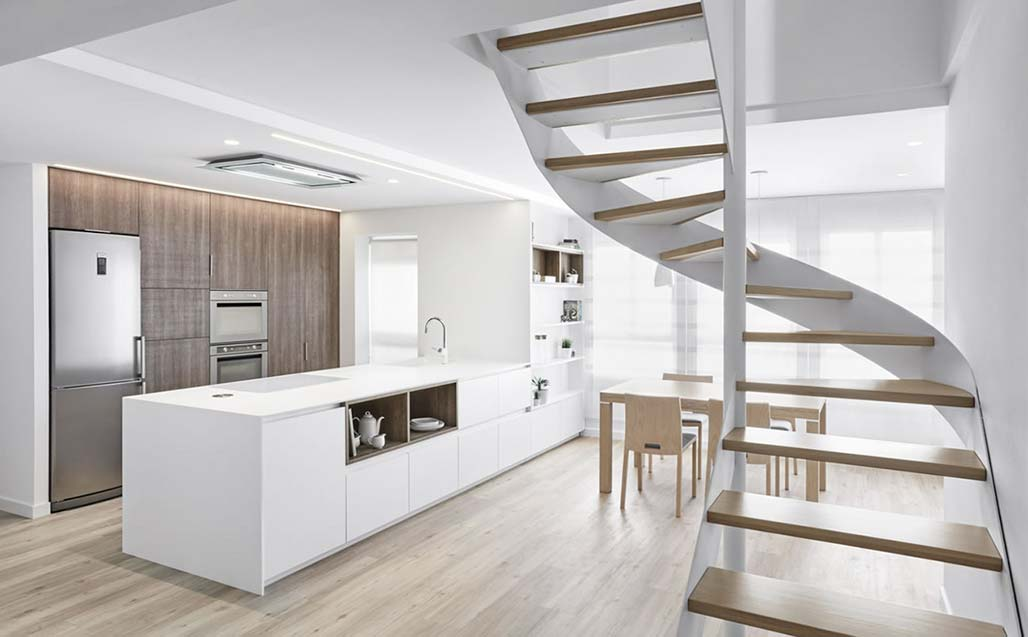 impressive kitchen created with krion®, designed by the aurea arquitectos studio. Solid Surface para casas