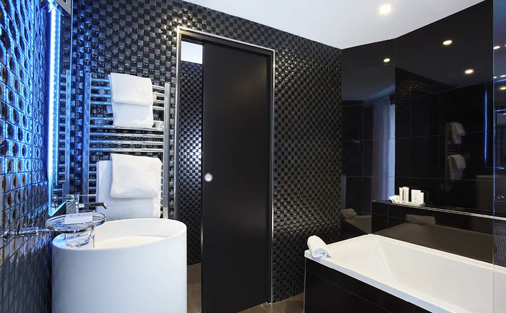 systempool and krion® at hotel déclic; a homage to photographic art and paris. Solid Surface for hotels