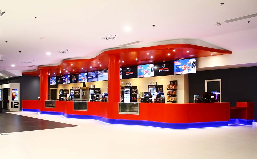 krion® in the most modern cinemas in europe: multicines odeon sambil. Solid Surface para revestimento exterior