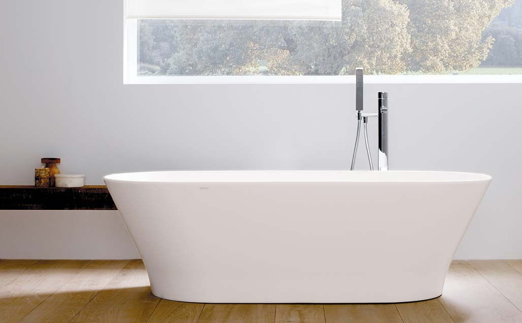slim, when the bathtub transforms into a decorative object . Solid Surface  casas