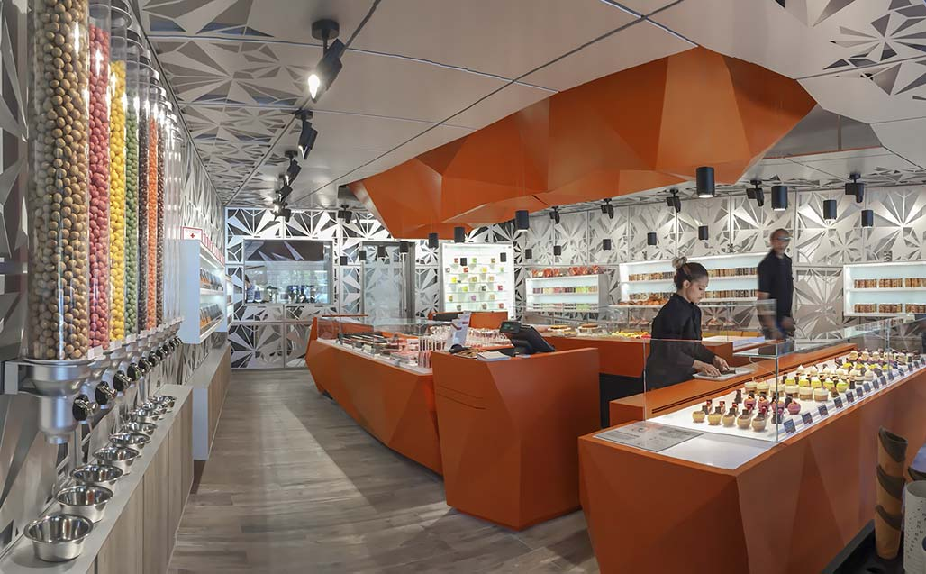 krion in the vision of moma architecture at thierry bamas patisserie (biarritz – france). Solid Surface  restauratie