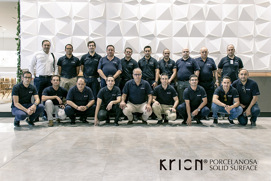 client consulting and service, an important part of the new training days of the krion® technical-commercial team. Solid Surface  locais comerciais e empresas