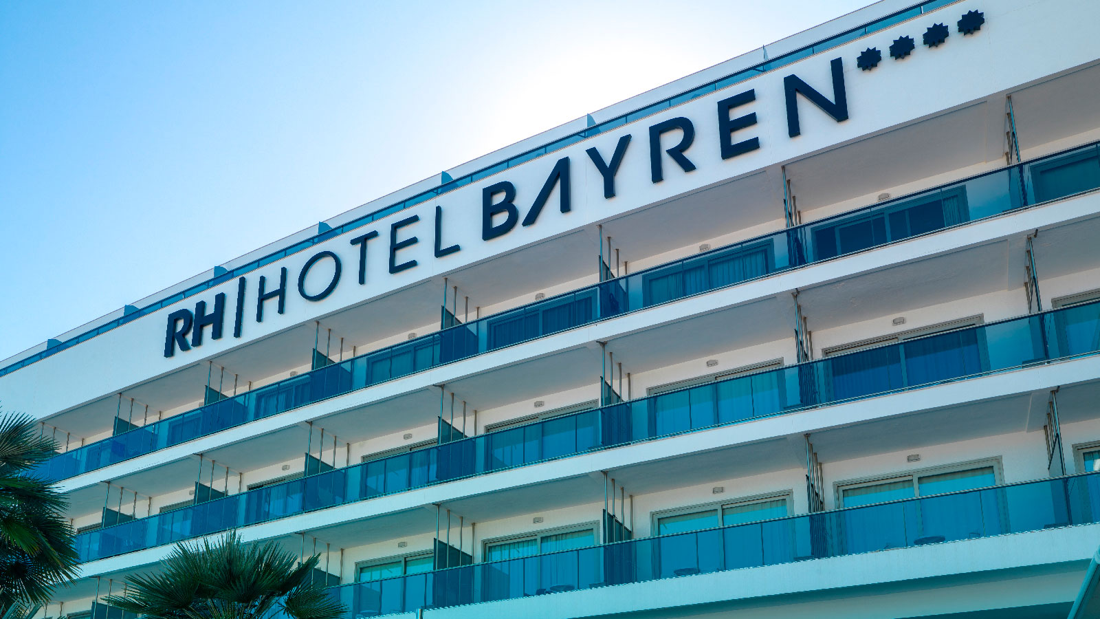KRION®  fachada Hotel RH Bayren Gandia