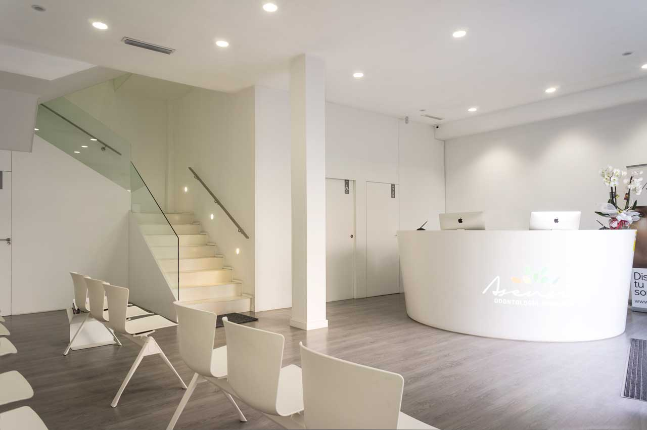 clínica dental asensio - valencia - españa. Solid Surface 的 医疗保健