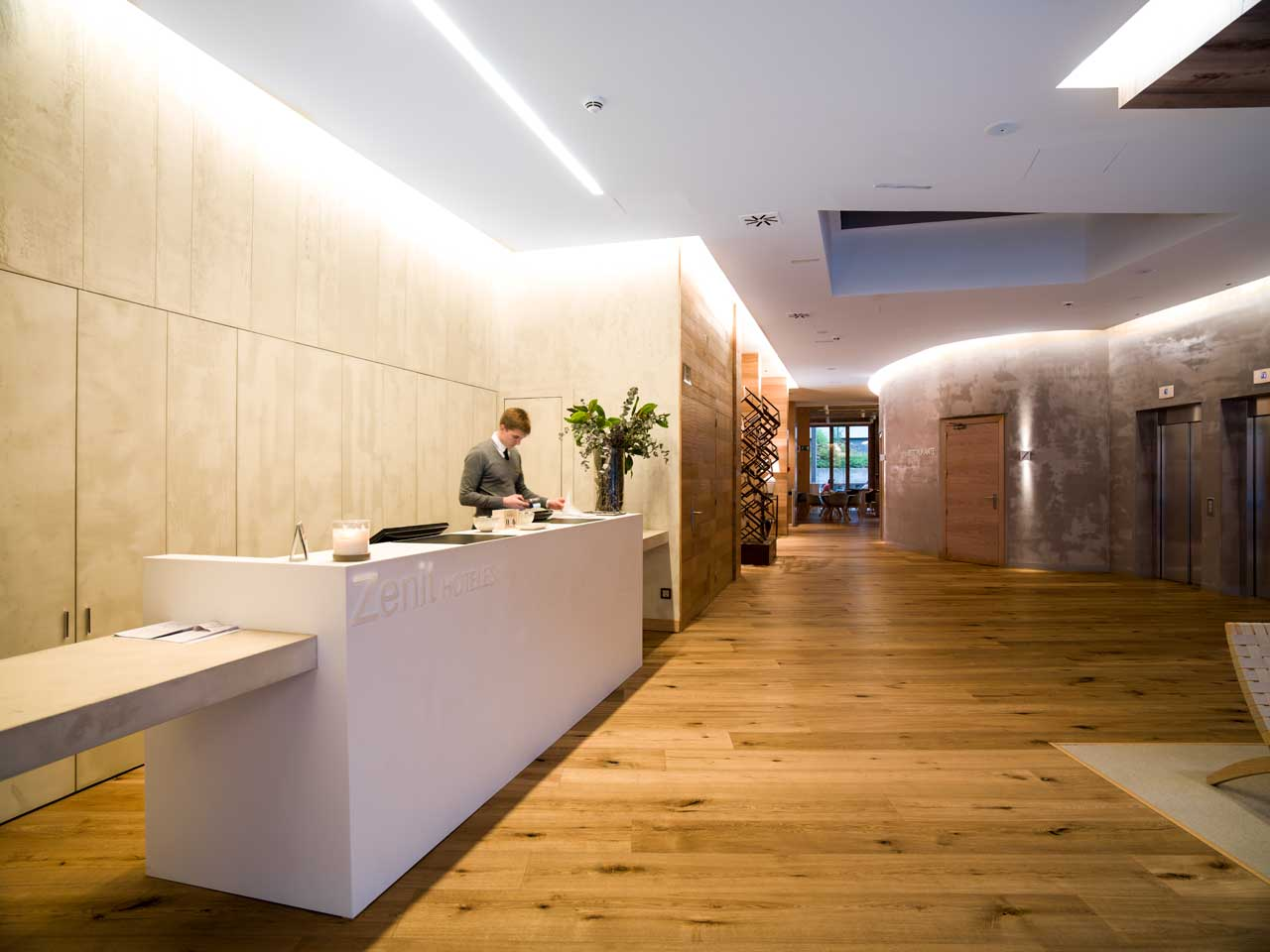 hotel zenit - san sebastian - españa. Solid Surface for commercial furniture