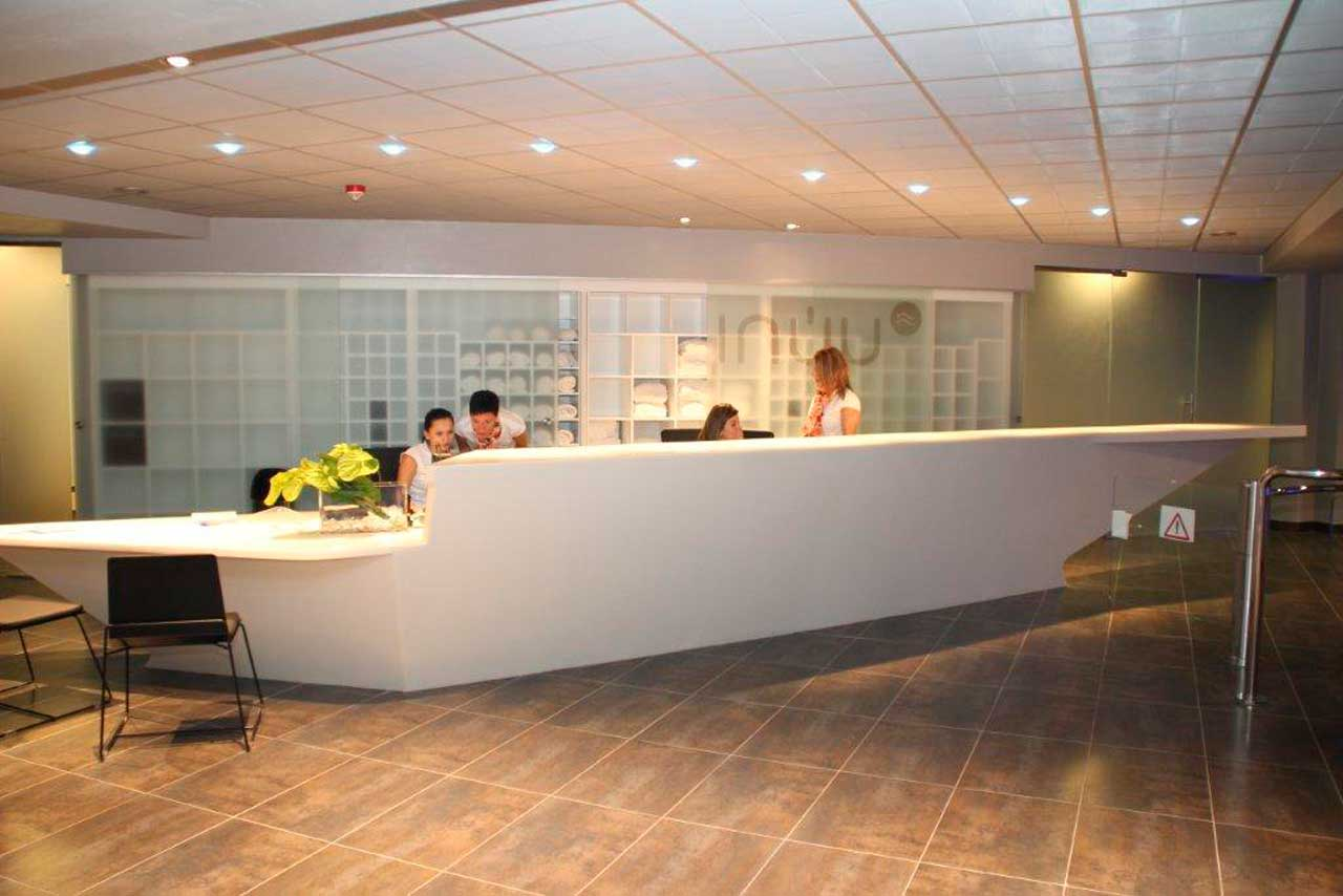 balneario inúu caldea - andorra. Solid Surface  hotels