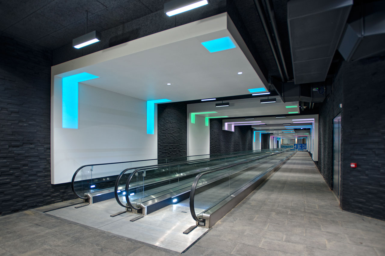 tunel enschede - holanda. Solid Surface for public spaces & government buildings