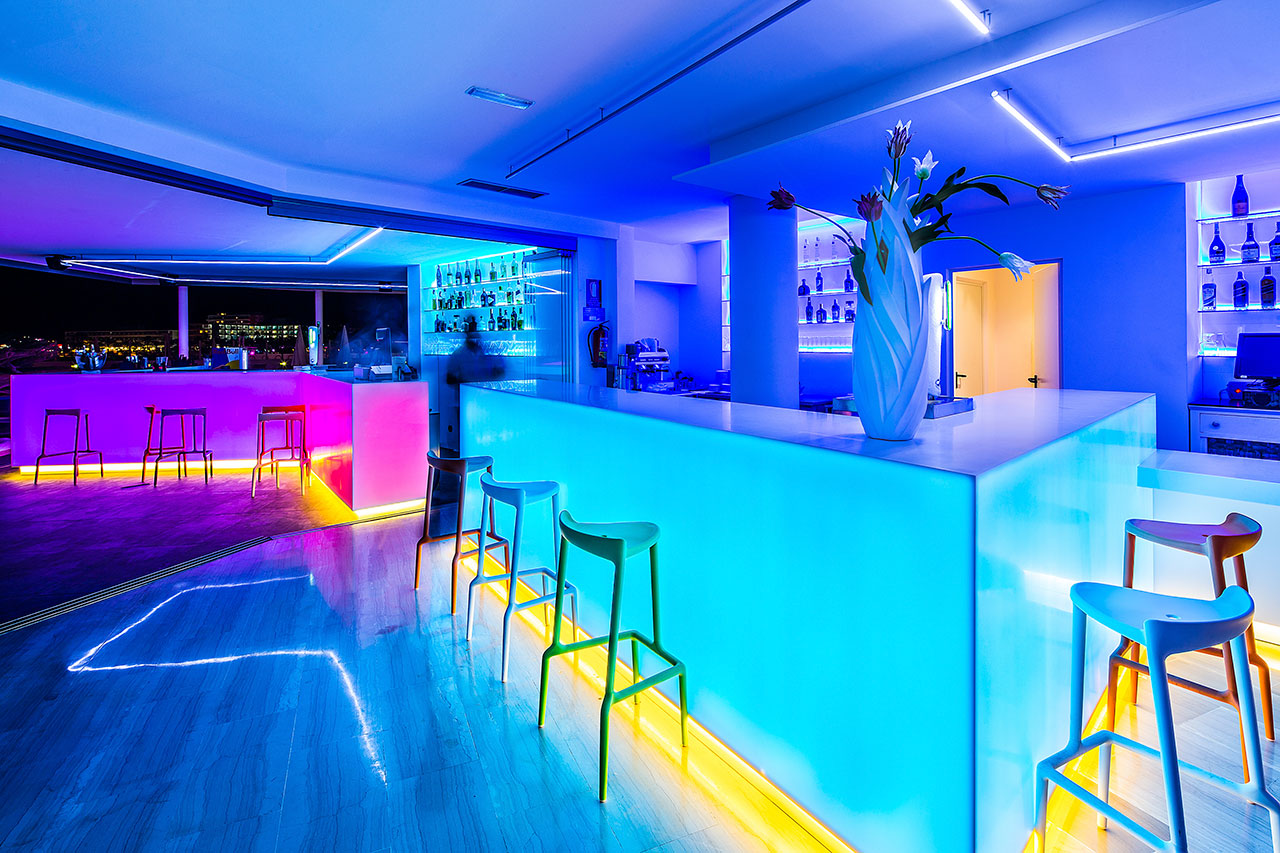 thb ocean beach -ibiza - españa . Solid Surface for countertops