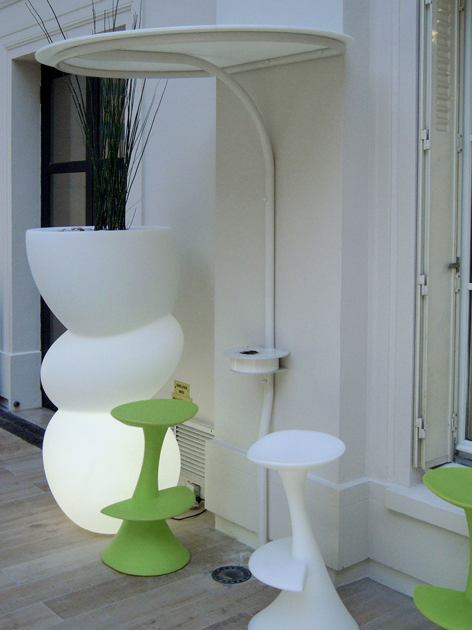societé xl insurance - paris - francia. Solid Surface for meble handlowe