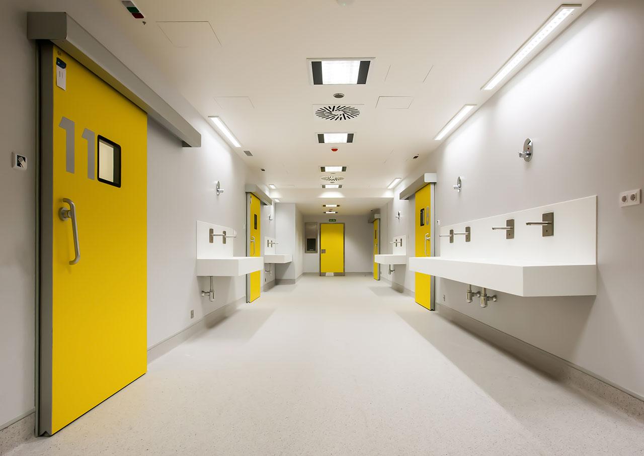 hospital universitario a coruña (chuac) - a coruña - galicia. Solid Surface  wall tiles