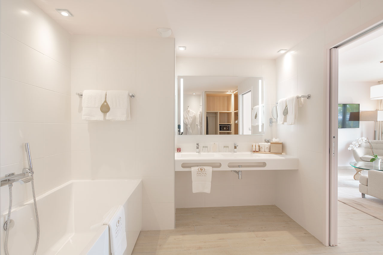 Solid Surface Bathroom Fittings Solid Surface Krion  # Mueble Next Porcelanosa