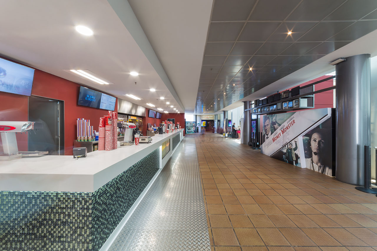 cines bages centre - manresa - barcelona - españa. Solid Surface for commercial & business premises