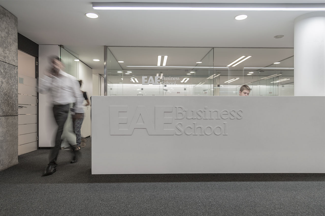 eae business school - barcelona - españa. Solid Surface for commercial furniture