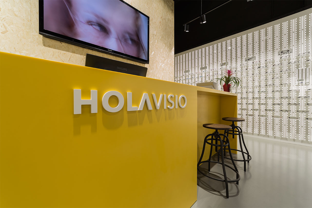 holavisio - san cugat - barcelona - españa. Solid Surface  locales comerciales y empresas