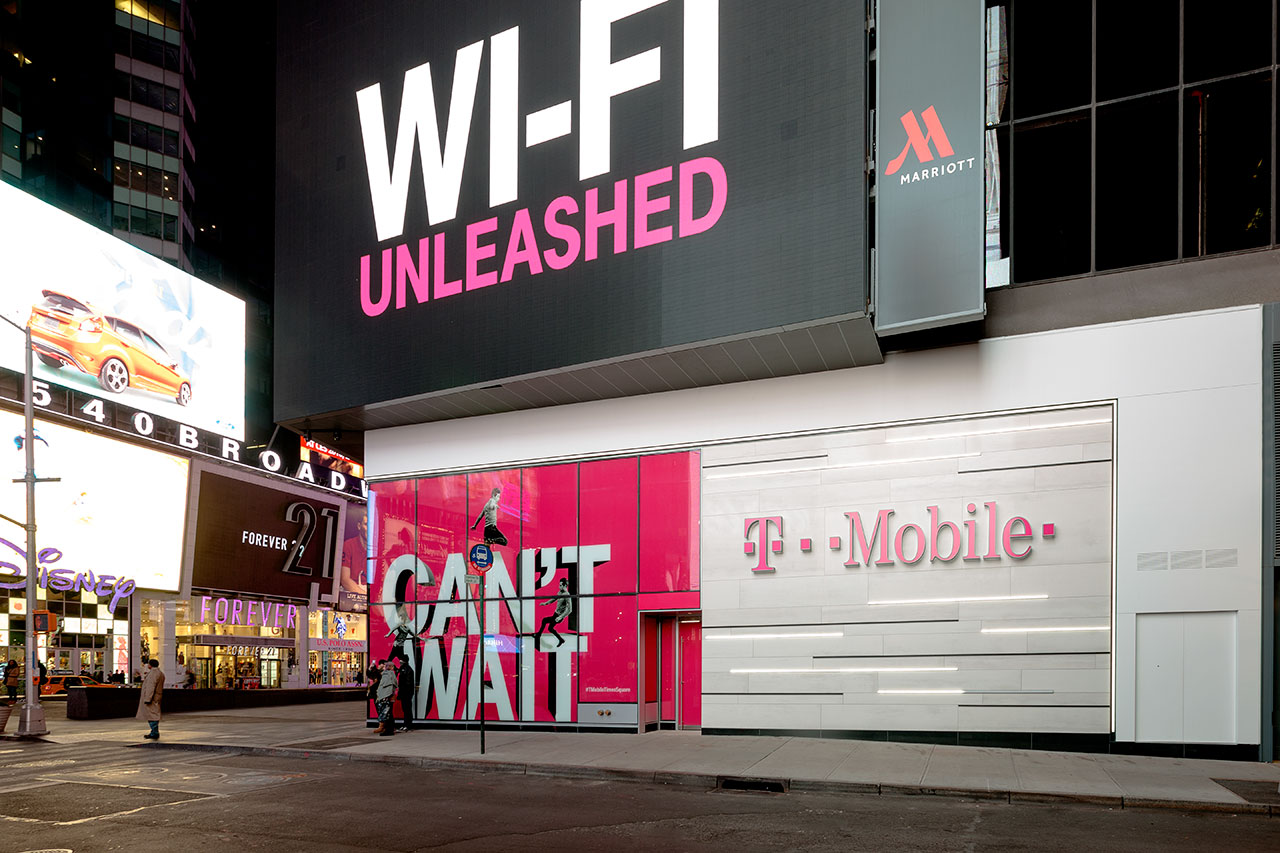 t-mobile, times square - new york - usa.   商业和商务经营场址