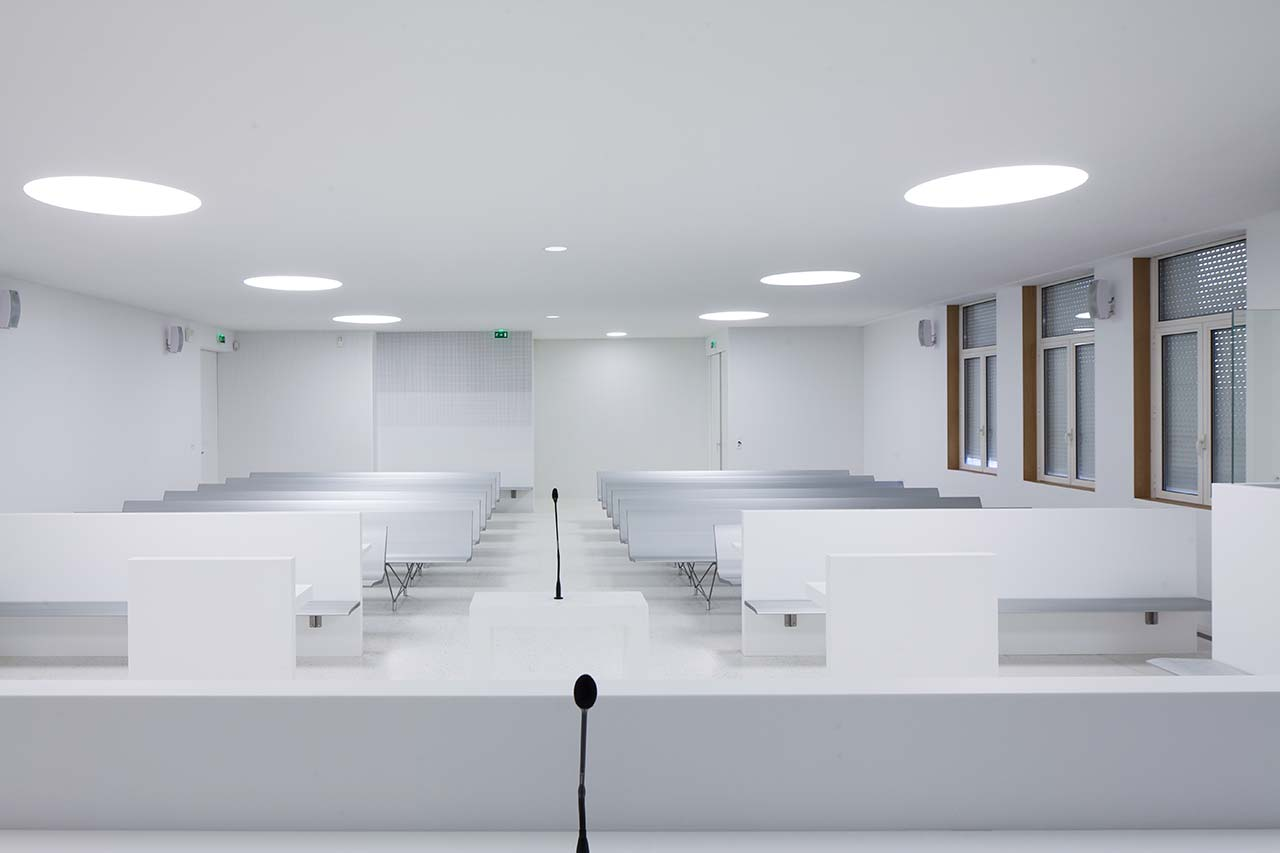 high court - lorient - france. Solid Surface for wall tiles