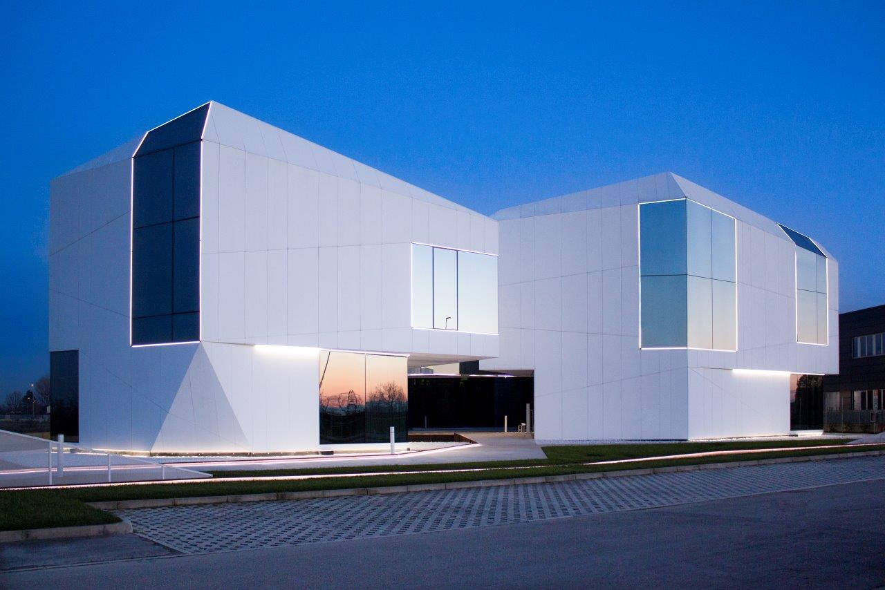 greda - carpi - italy. Solid Surface for commercial & business premises