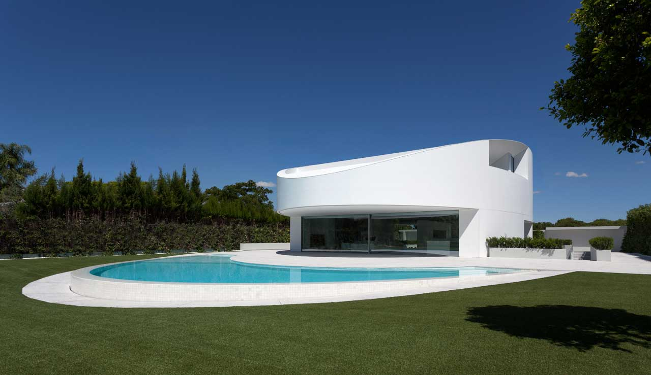 balint house – spain. Solid Surface for bathroom equipment