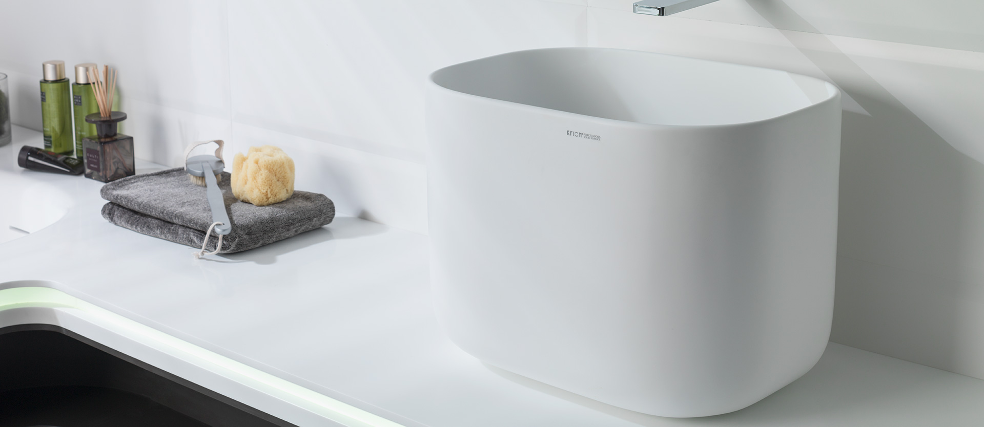 solid surface lavabo