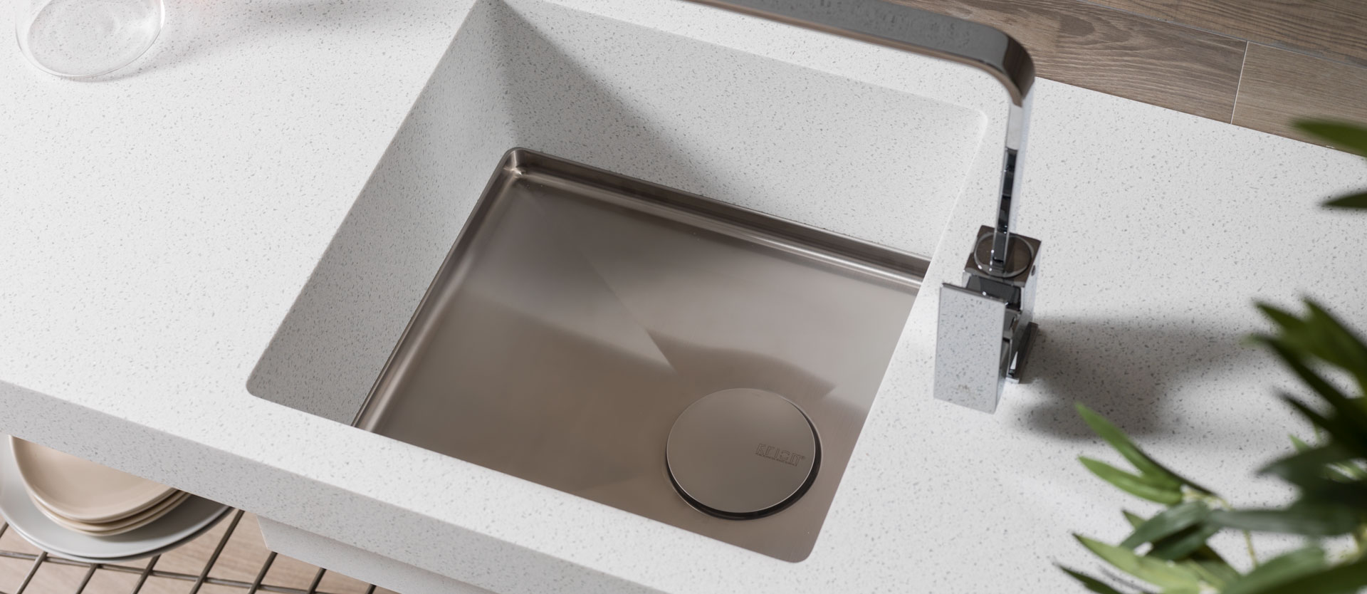 solid surface bathroom sinks